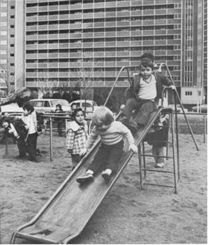 Figure 3: Photograph of children playing outside 33 Alfred Street, 1978